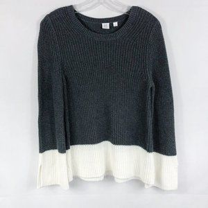 Gap (For Good) | Color Block Bell Sleeve Sweater
